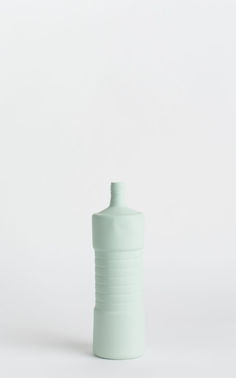 bottle vase #5 mint
