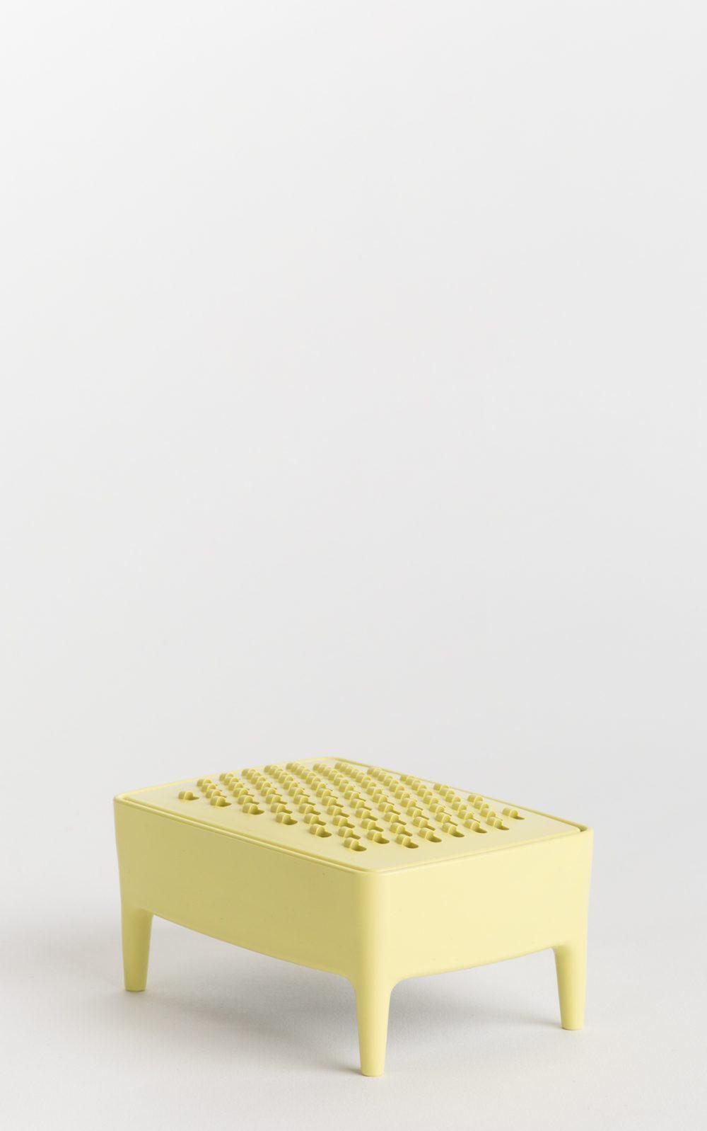 foekjefleur_bubblebuddy_mellowyellow_dispenser_soap_recycled_plastic_grater