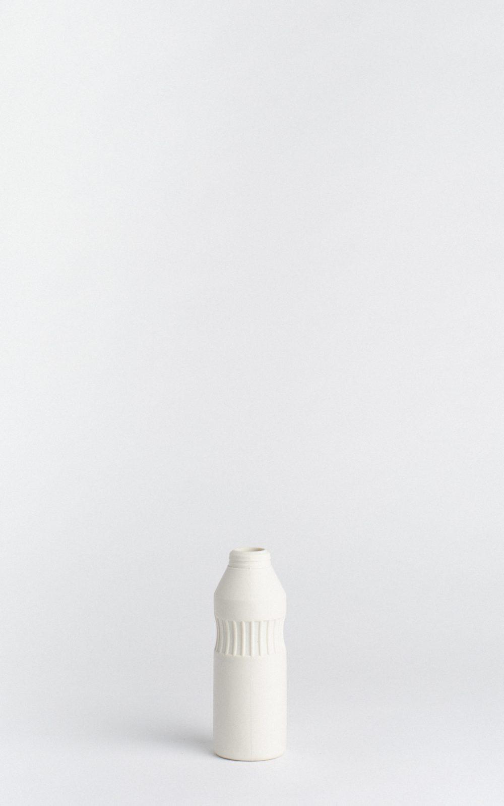 copyright_foekjefleur-bottlevase_#11_white_02