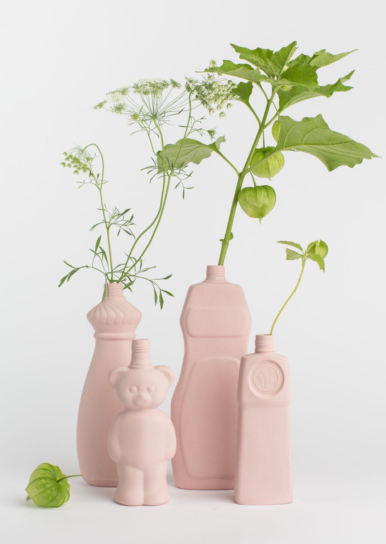 group photo porcelain vases powder