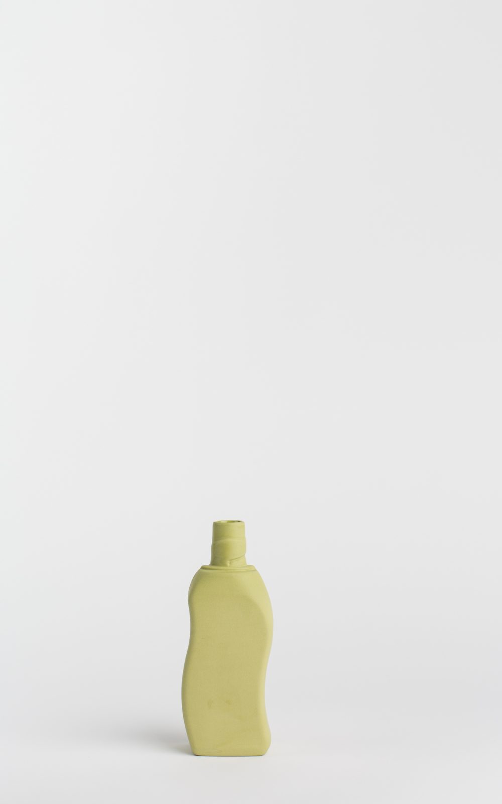 copyright_foekjefleur-bottlevase_#12_moss_front