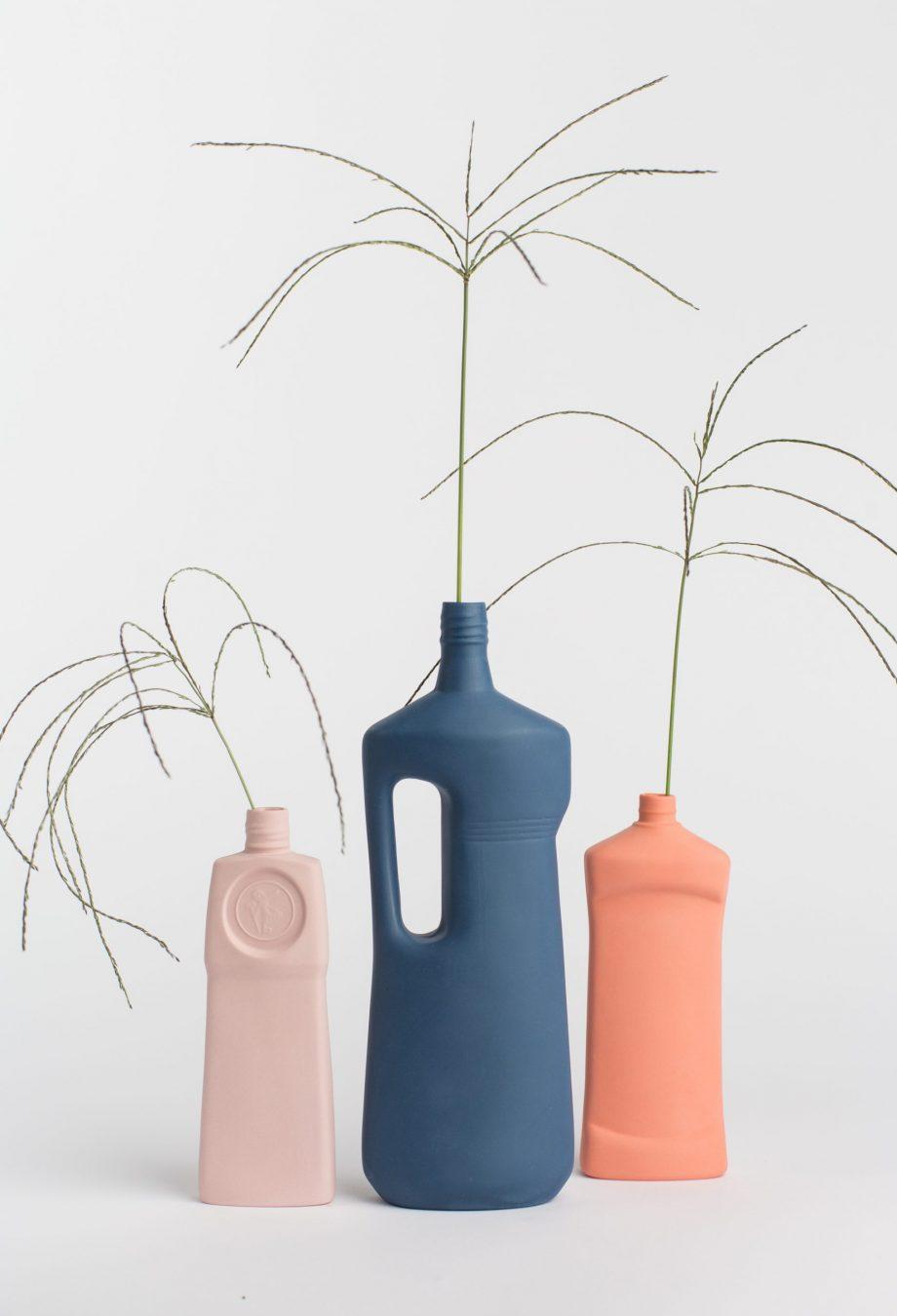 group photo three vases